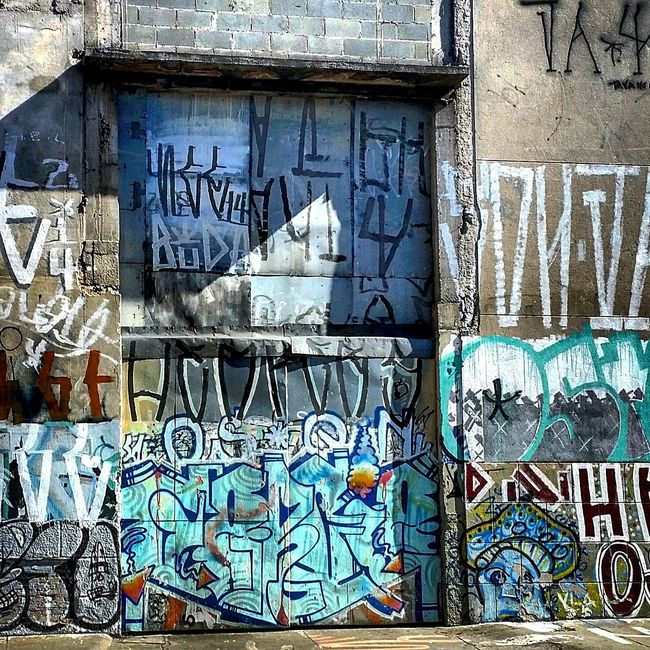 Walking Around Beauty Of Decay Sao Paulo - Brazil Streetphotography Urban Facades Doors Lover Grafitti Wall