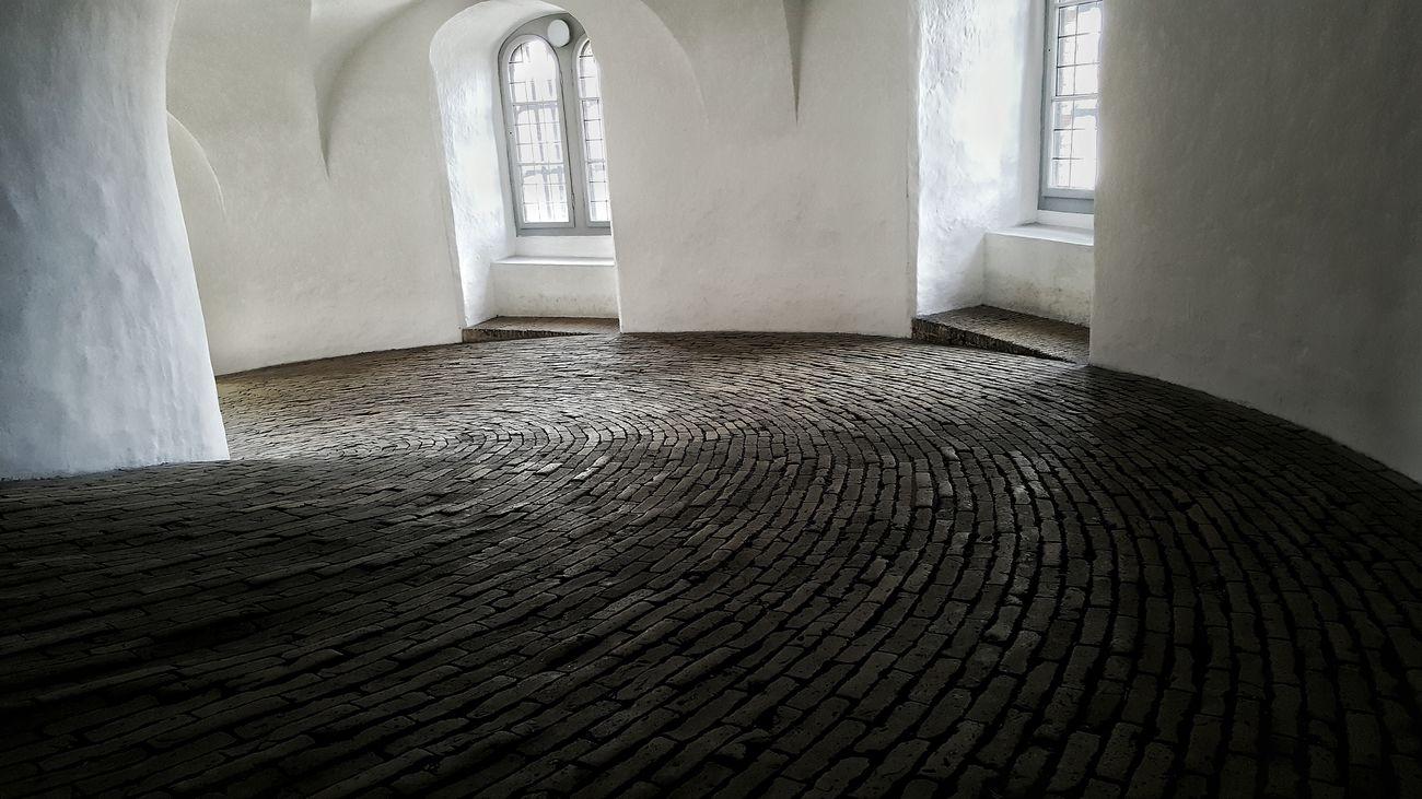 Photo Snikttt Copenhagen Light And Shadow Travel Photography Travel First Travel Round Tower
