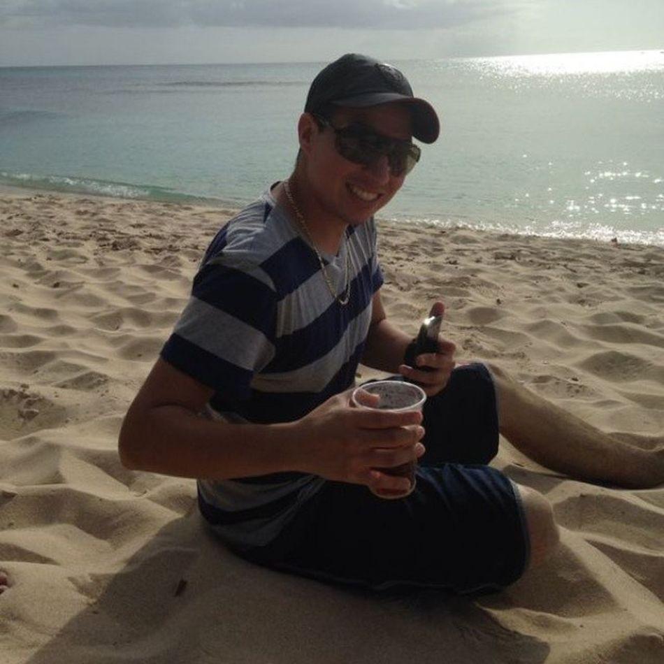 Beach bum!!! Goodtogo Puppyfoot