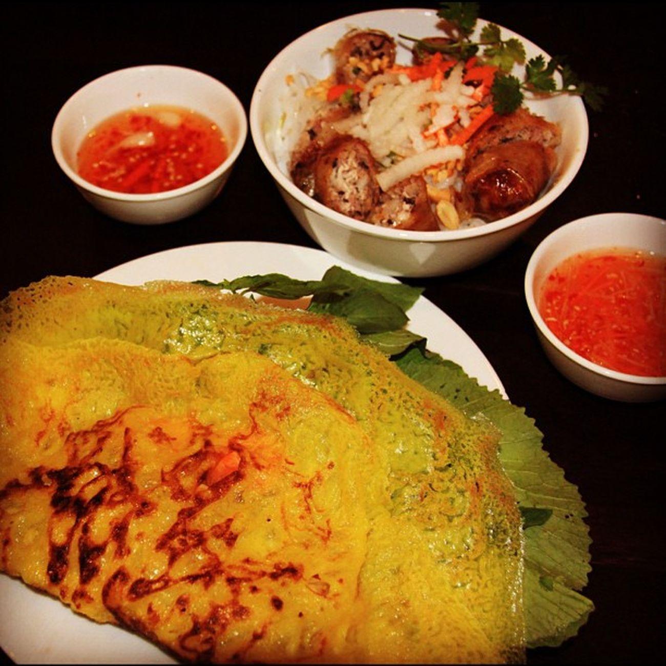 Oppa Vietnam Style :)) Quán này được cái cũng ngon cũng nhiều món nhưng ĐÔNG và ĐẮT!