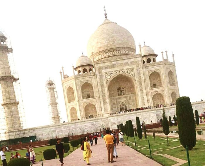 Check This Out Taking Pictures Popular Taj Mahal Taj Mahal Is The Symbol Of Two Lovers Love♥ Romantic Place Chilling ✌ Royal Palace EyeEm Best Shots Nature_collection Agra ❣💕🇮🇳💏💑🕌📷 India
