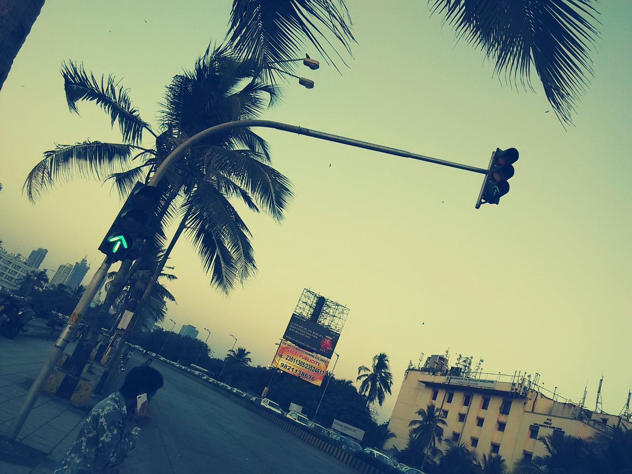 Empty Roads Freeway Its Open Sign Travelling Cellphone Photography Mumbai_in_clicks Evenings FEELING RELAXED