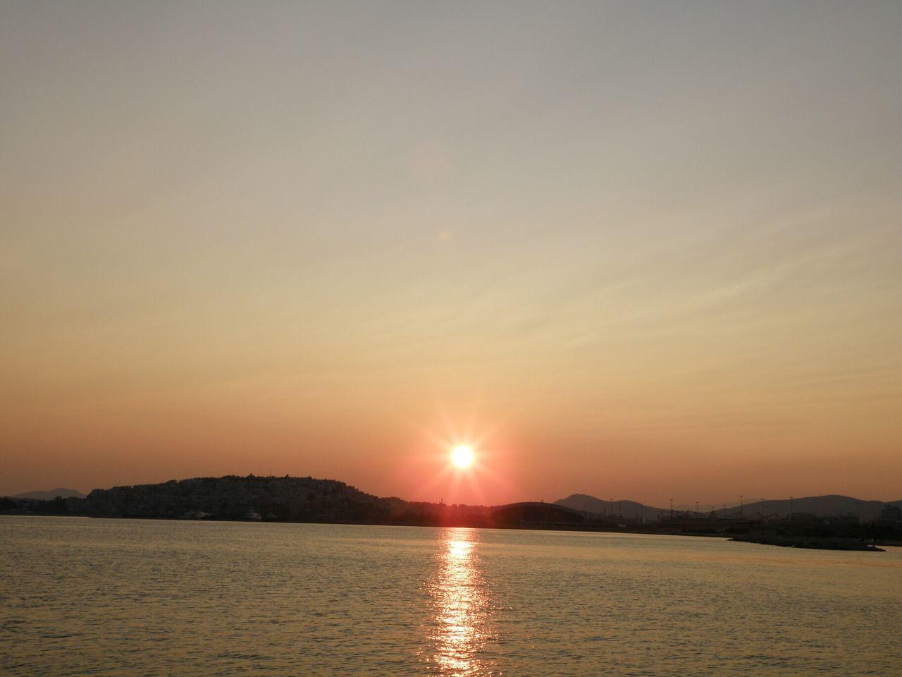 Amazing Sunset Mikrolimano View Sun Sea Reflection Athens Greece Hellas