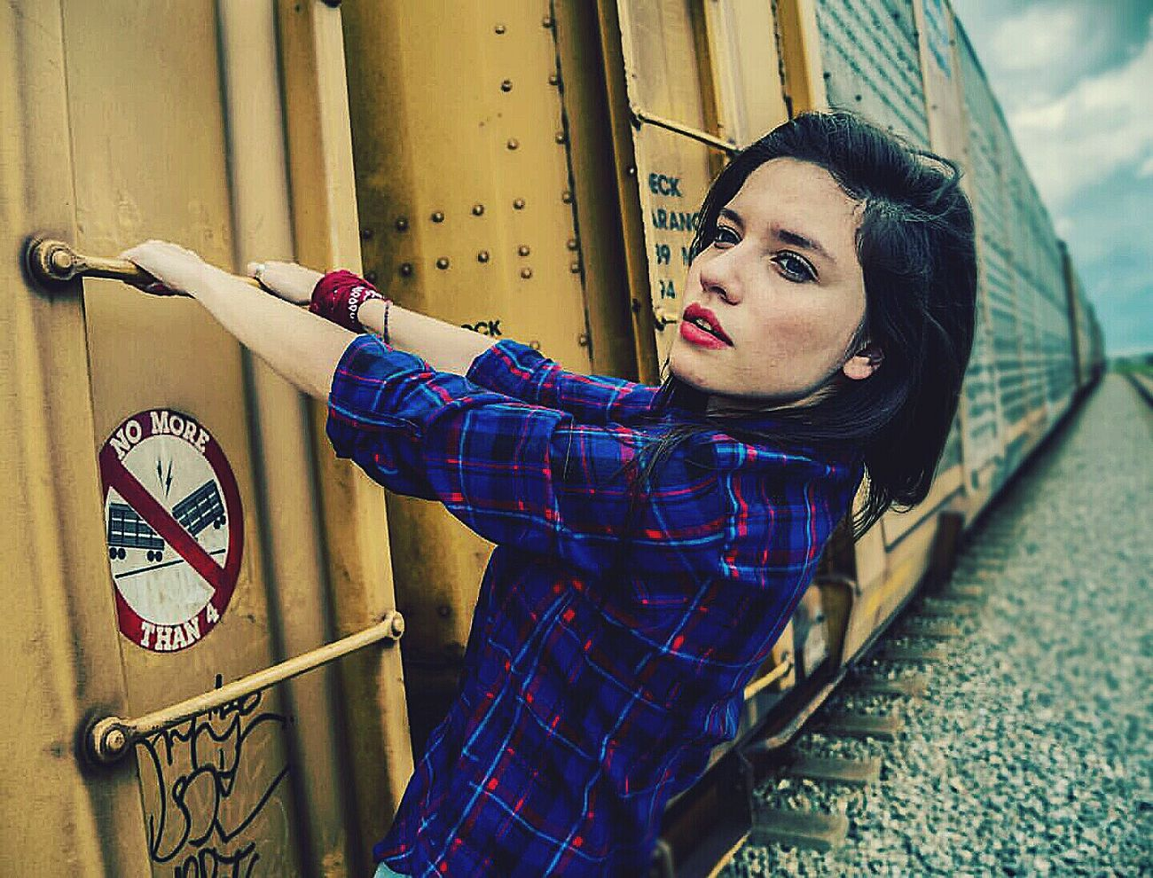 Micasuarez Train Trainphotography Beauty