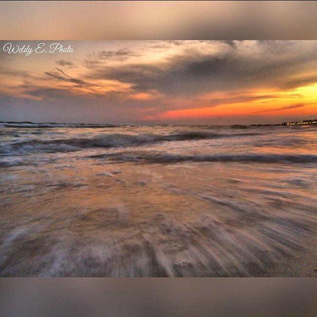 Sunset At Long Beach, NY Long Exposure Shot Longexposurephotography Beachphotography EyeEm Best Shots - Long Exposure Visualmagic EyeEm Best Shots Slowshutter World Popular Photos Sunset_collection
