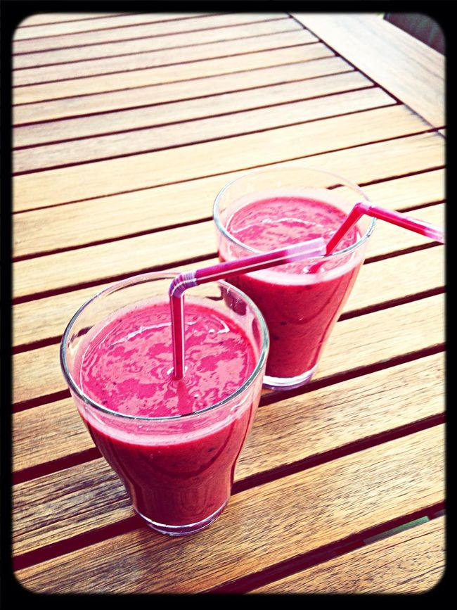 Smoothietime :) Enjoying Life Check This Out Drinking A Smoothie Healthy