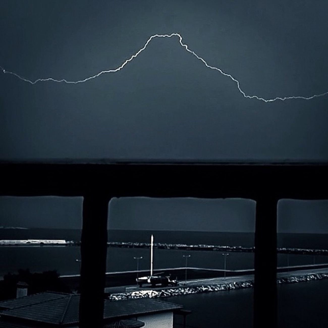 Really enjoying Camera+ manual camera controls. Lightning captured in Kimi , Greece . Greetings to @jackhollingsworth. Grupamobilni Mobilnytydzien Mobilnytydzien5 Igersgreece