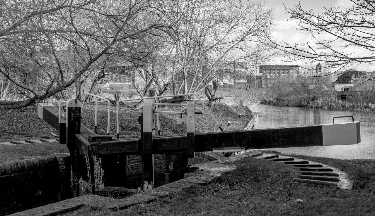 Locks, Northampton Arm of the Grand Union Canal, Northampton Northampton Monochrome Photography Monochrome Black And White FUJIFILM X-T2 Grand Union Canal Canal Locks
