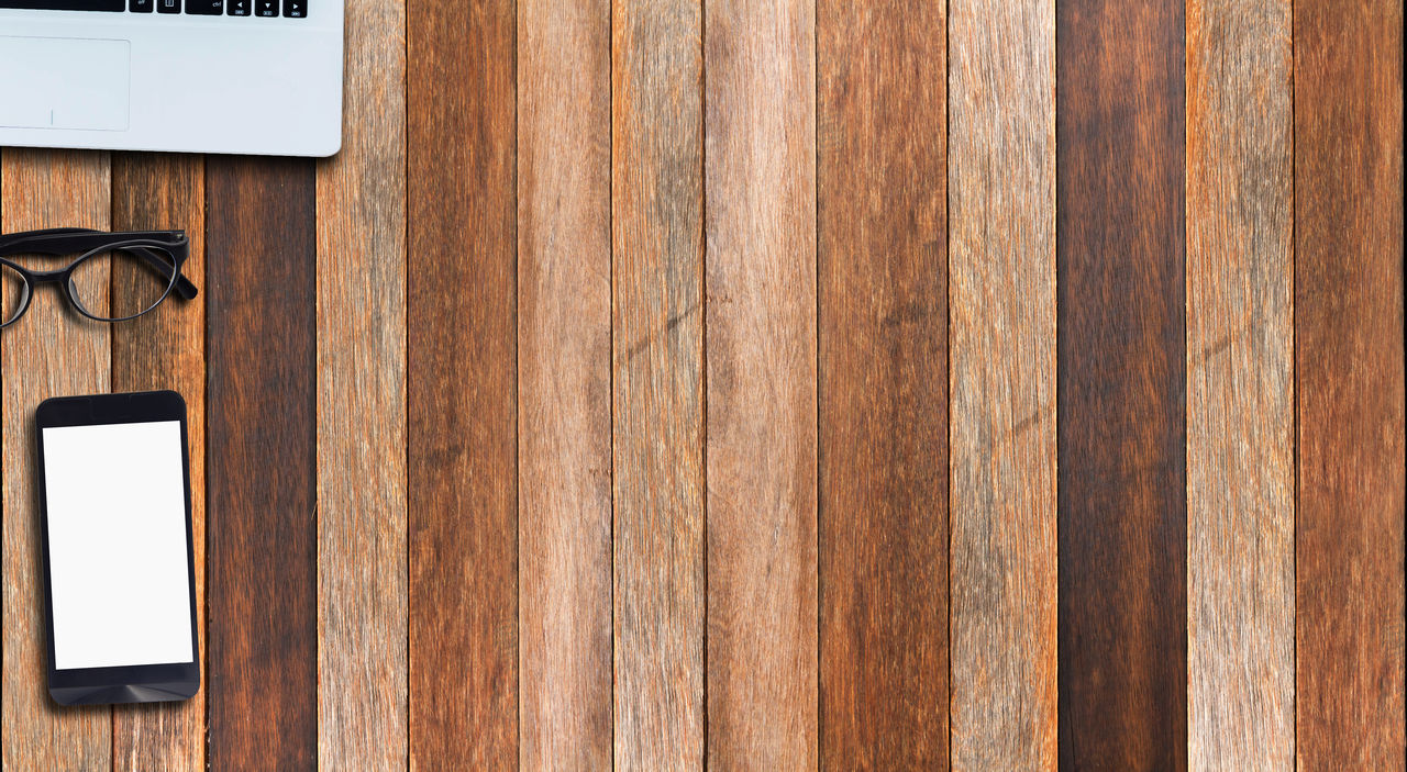 wood - material, technology, wireless technology, connection, communication, desk, no people, table, brown, computer, blank, office, wood grain, indoors, close-up, day