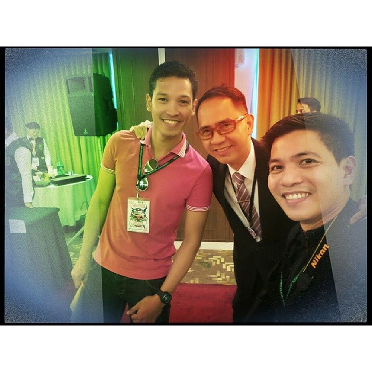 With mocktail competition judge @gioloracelis and Mr. Ele 39thYHE Benilde 39thYHEgoesVivaLasVegas YHE younghoteliersexposition themanansala selfie
