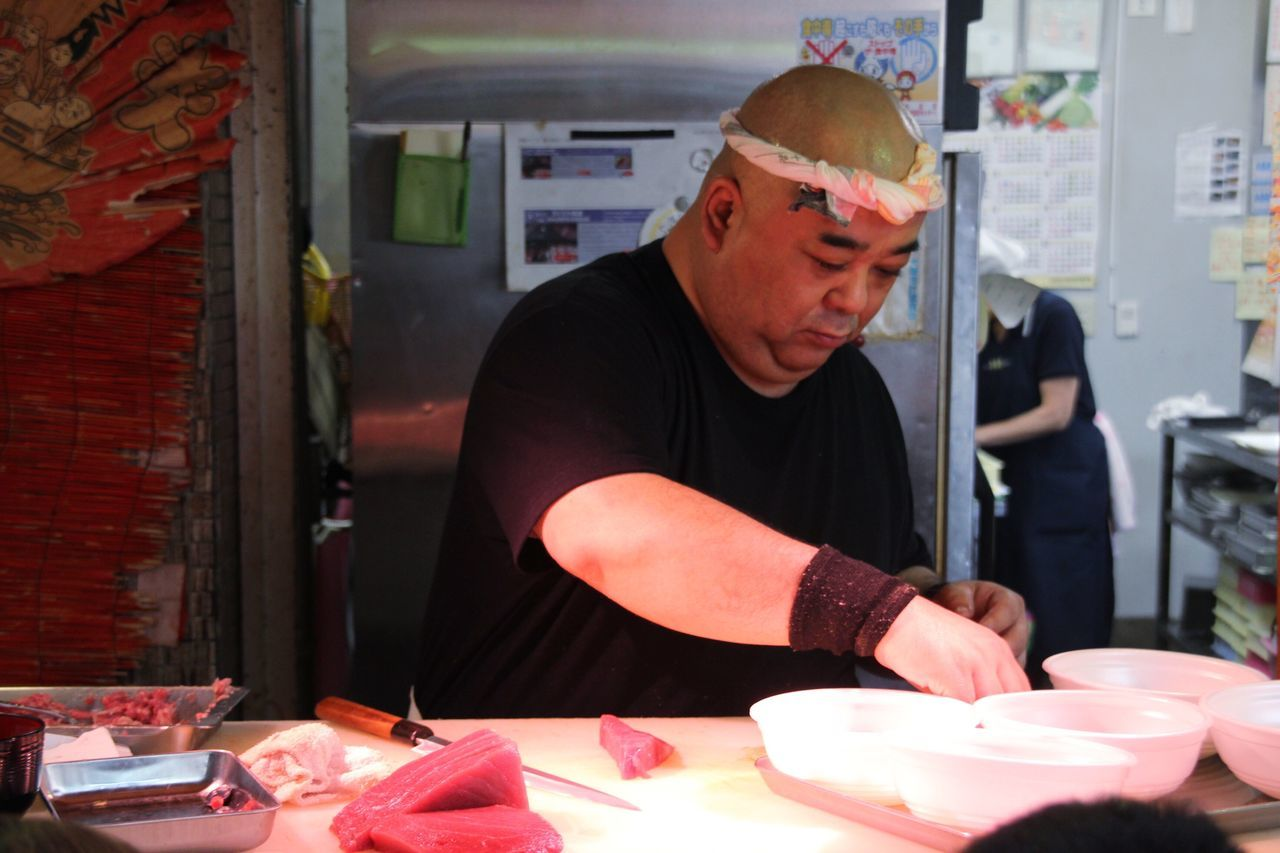 Shushi Man Kuromon Ichiba Market OSAKA Japan Streetphotography Food Stall Street Food Street Portrait Up Close Street Photography Ultimate Japan