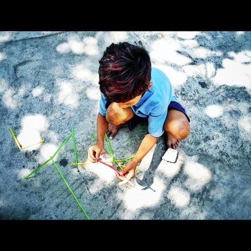 Igasia IGDaily Manila Stranger Streetstyle Streetphotography Humble Toys Kids Child Misled Government Youth Education Shelter