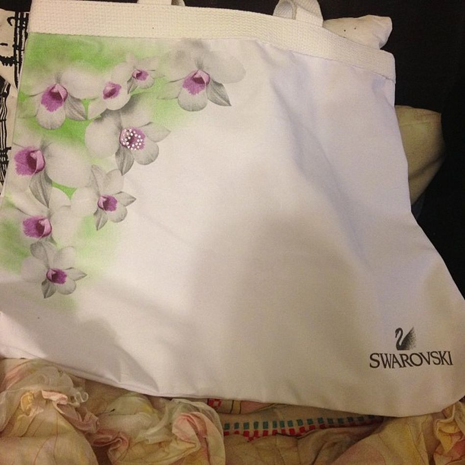 Swarovski SCS Jan 24th 2013 event free gift ☺ 😍 Swarovski Scsmember Scsevent January 2013 Tote Orchids Favoriteflower