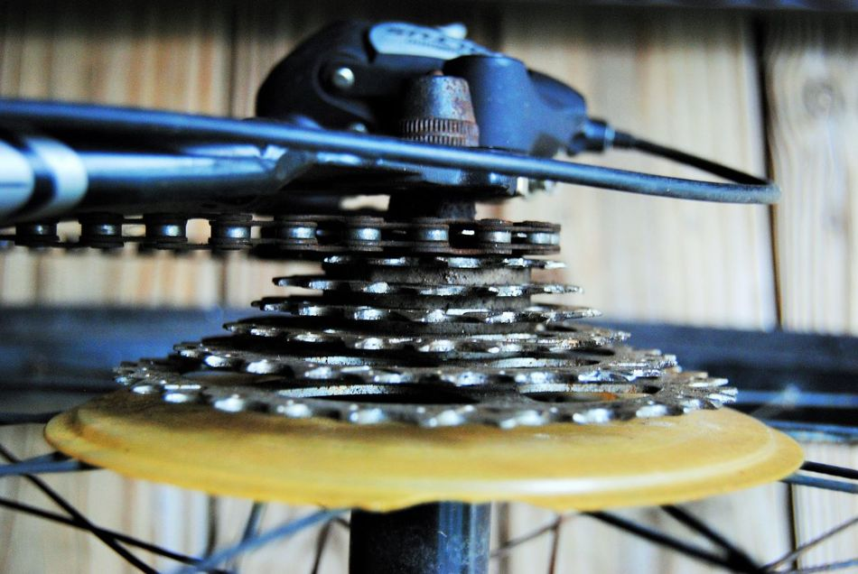 Round and round we go! Bicycle Chain Bicycle Gears Bicycle Wheels Bicycles Bike Chain Bike Gears Bikes Gears