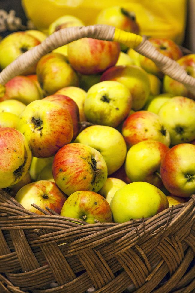 яблоки фрукты Еда витамины урожай улов вкусно эстония Apples Fruits Food Healthy Food Harvest Catch Estonia