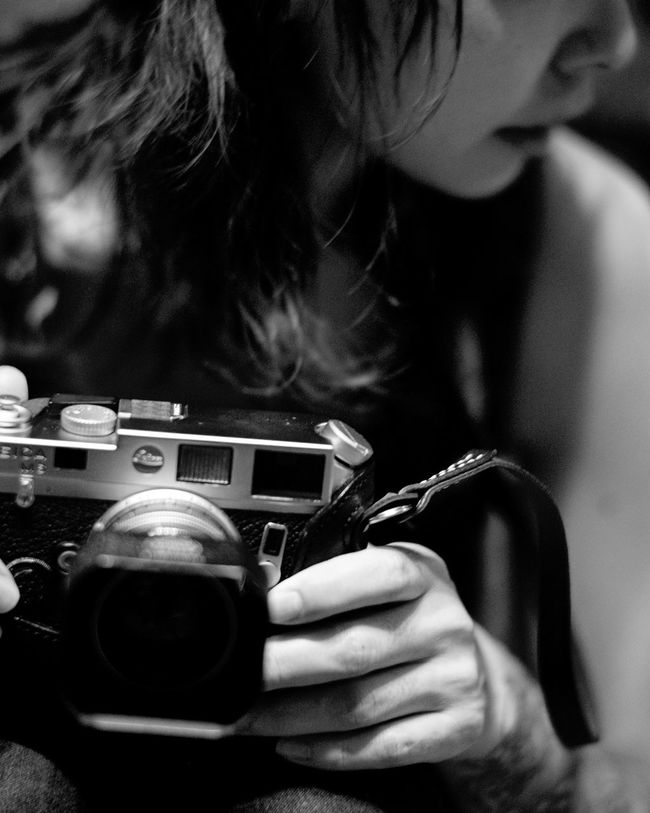 Girl Leica Leicacamera Leica Lens LeicaM9 Summicron50 Monochrome Bnw Technology Photography Rangefinder Bokeh Oldlens Snapshot Portrait Leicam6 Summarit50 Wife