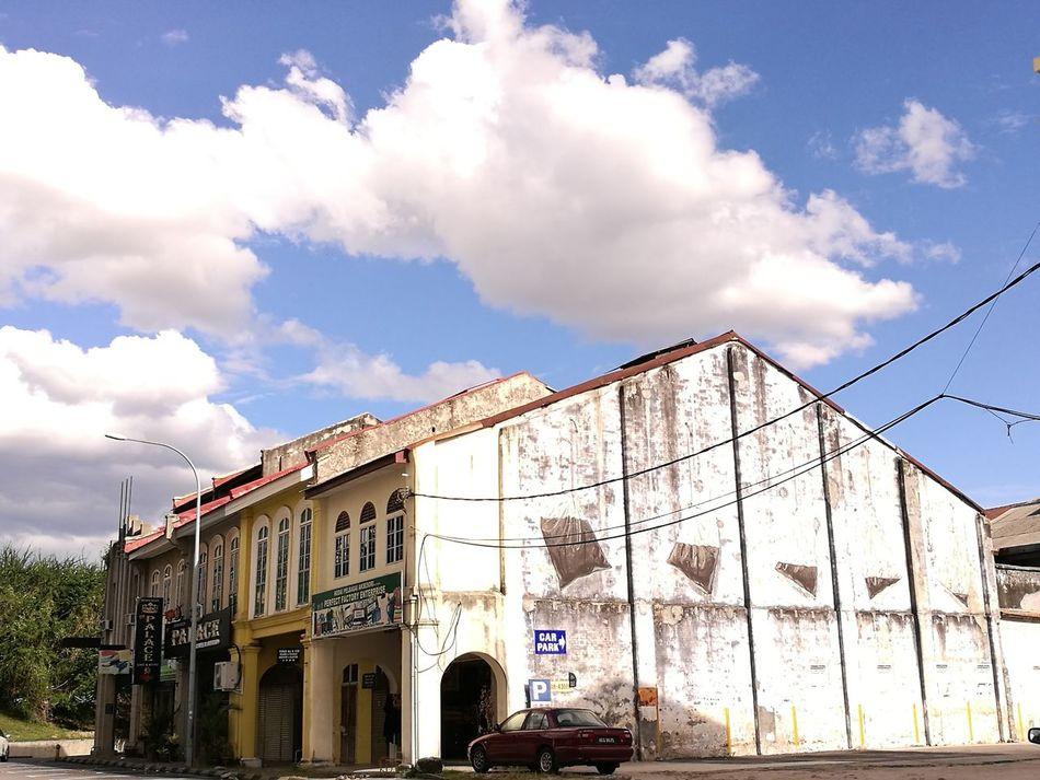 Finding New Frontiers Cloud - Sky Graffiti Graffiti Wall Graffiti Art Ipoh Perak JJCM Jalanjalancarimakan