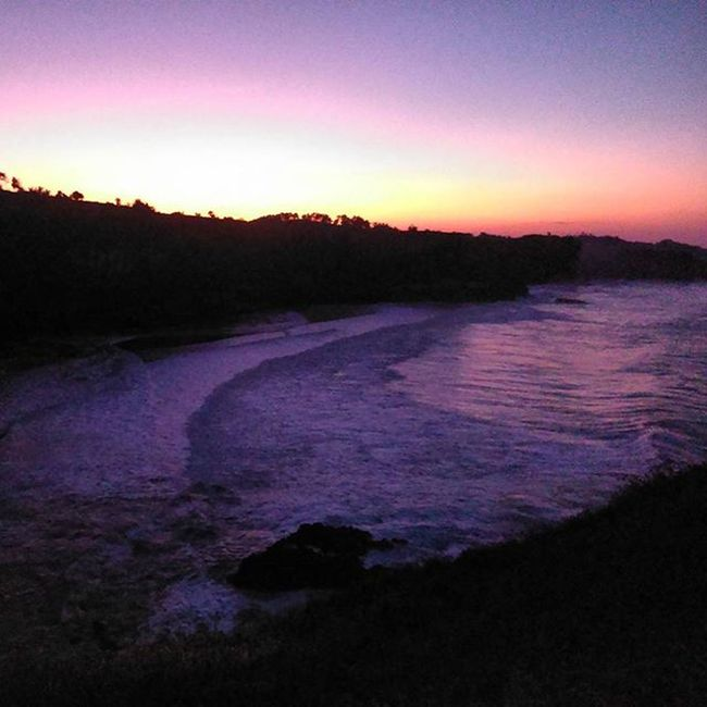Purple Sunrise form Klayar beach pacitan east java indonesia So real not editing... This is indonesia... Beautyfull indonesia... Loc.pacitan east java indonesia Grapictoolens Sanpicture Thisisindonesia Beautyfull_Indonesian IndonesiaBeach Klayarbeach