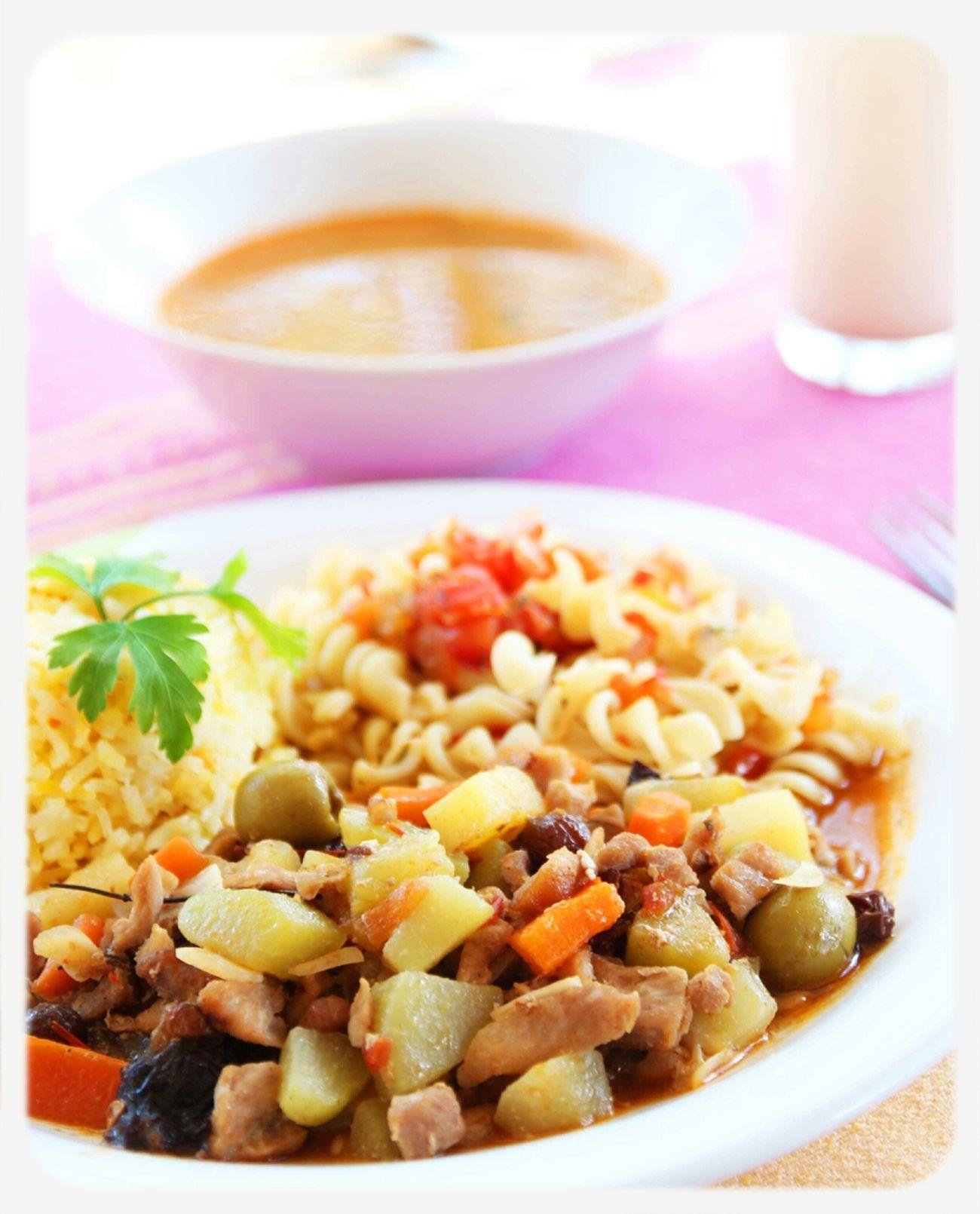 Disfruta de una increíble y deliciosa comida corrida acá en Paraíso...