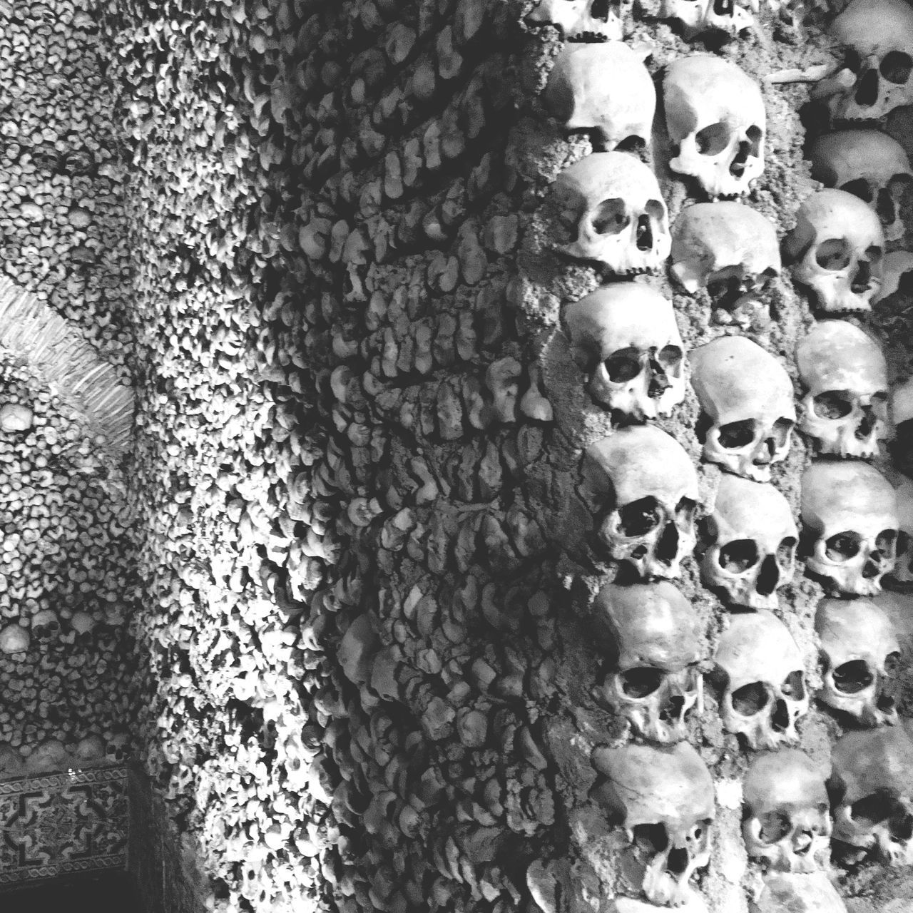 Bones Chapel (real human bones) No People Backgrounds Close-up Full Frame Textured  Day Indoors  Human Body Part Bones Bones Chapel Capela Dos Ossos Visit Alentejo Portugaldenorteasul Évora  Scary Real People Photooftheday Architecture Portraits Of EyeEm BYOPaper! The Architect - 2017 EyeEm Awards The Photojournalist - 2017 EyeEm Awards The Portraitist - 2017 EyeEm Awards EyeEmNewHere