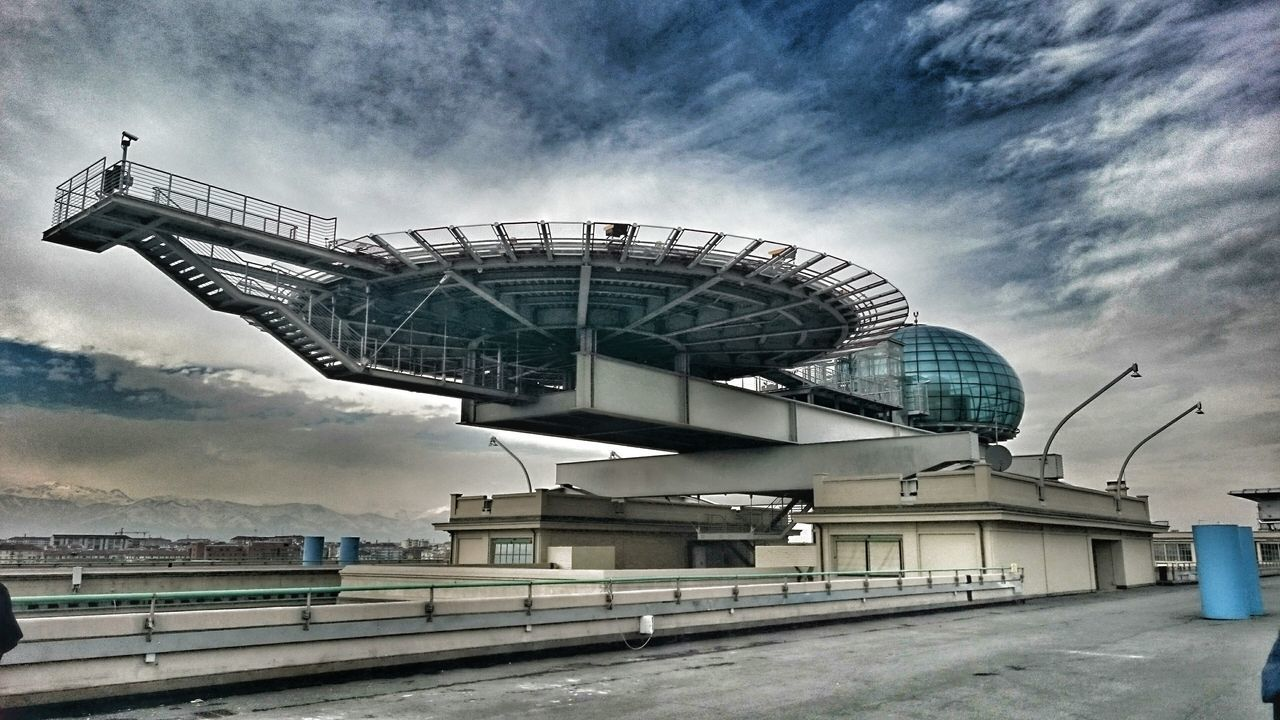 Lingotto Lingotto Turin Turin Turin Italy Turin❤️ Turin (Italy) Fiat Helipad Heliport Helipads Dramatic Sky Dramatic Cloud - Sky Sky Outdoors Built Structure Architecture No People Lingotto Torino Building Italy Italia Italy❤️ Travel Travel Photography
