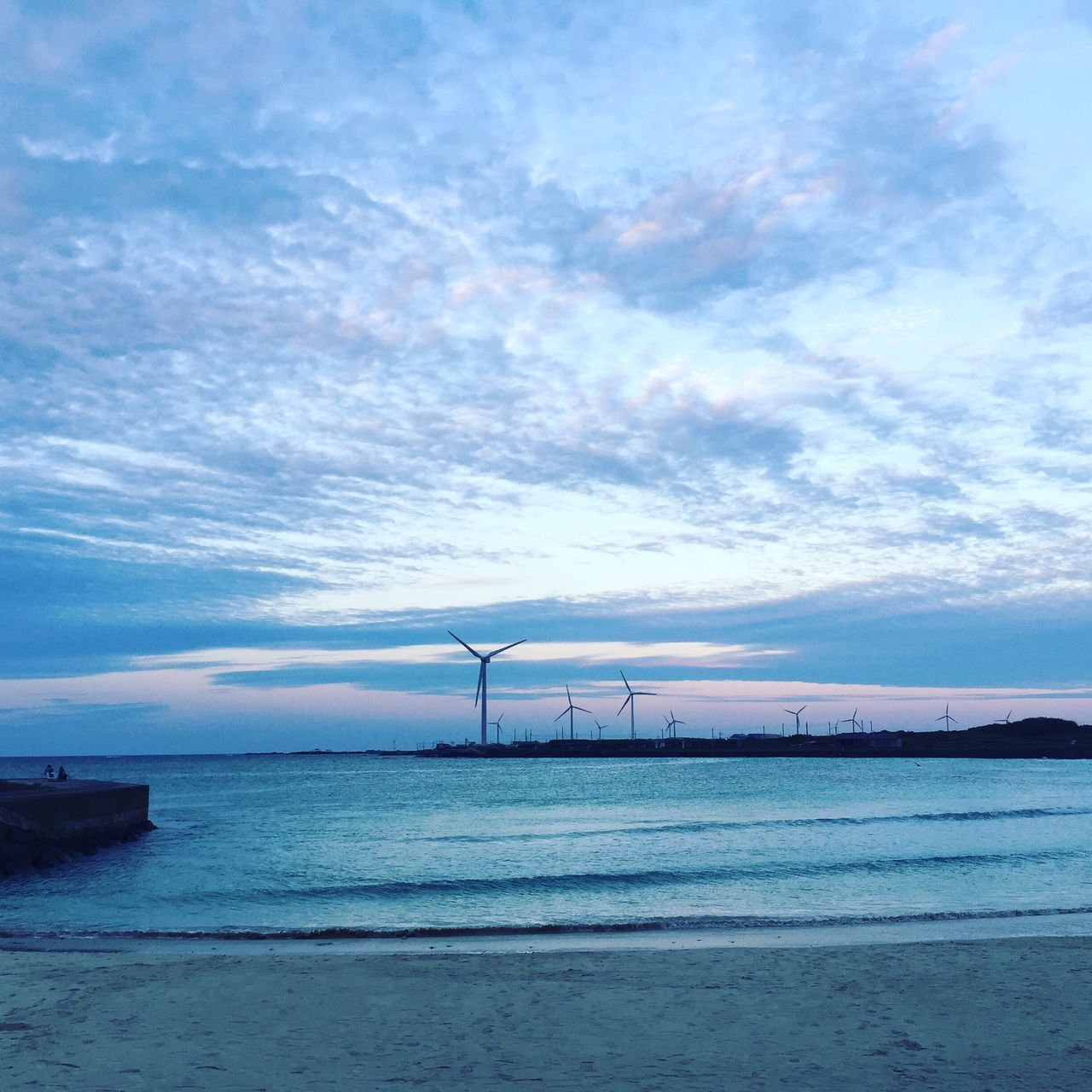 sky, sea, water, no people, outdoors, horizon over water, waterfront, cloud - sky, scenics, nature, day, tranquil scene, tranquility, beauty in nature, industry, architecture
