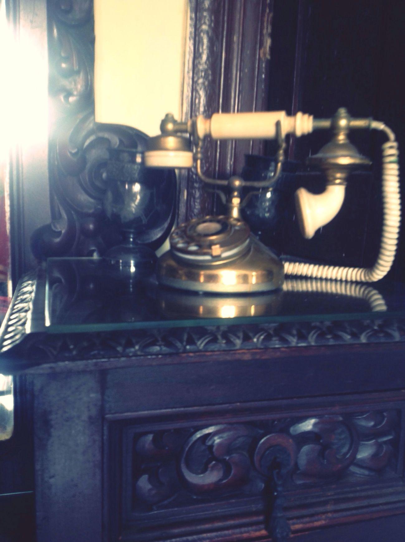 Phone Antique Call Me Room