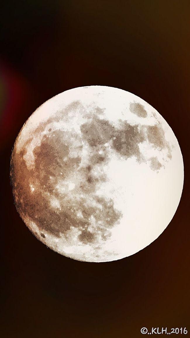 Nighttime moon. Moon Shots Moon Surface Moon Light Natural Photography Night Sky Night Light Tripod At Its Finest Tripod Lunar Surface Lunarphotography