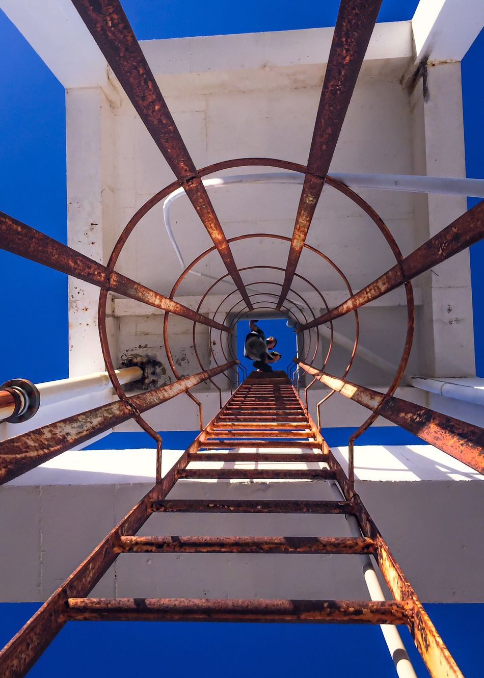 Check This Out Hanging Out Hello World Taking Photos EyeEm Gallery Water Tower Climbing Facing Heights Heights Ladder Perspective Eye4photography  Person Working Looking Up