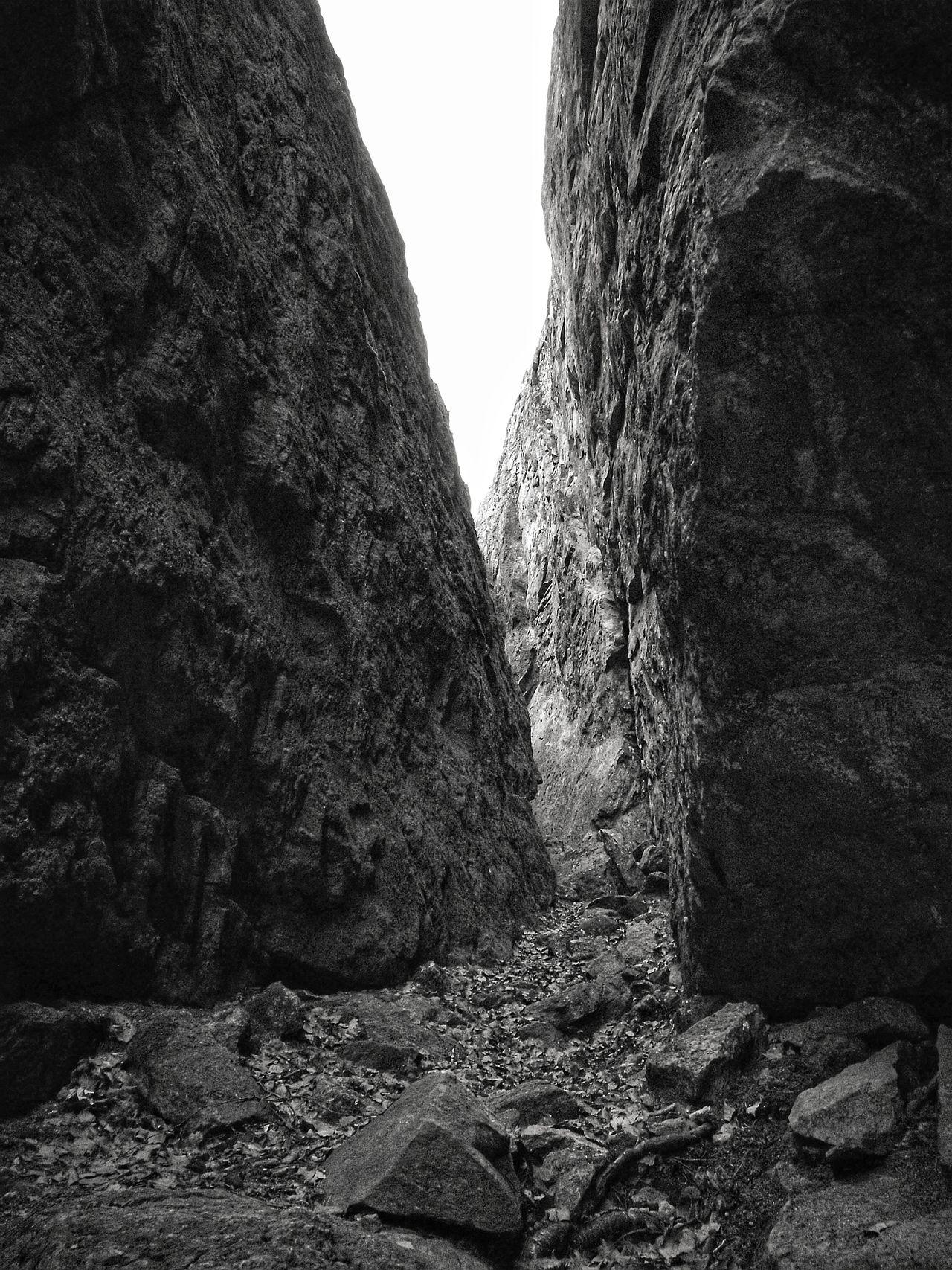 No People Sky Nature Rock Formation Cliffside Cliff Cliff Edge Finland HuaweiP9 Visitfinland Thisisfinland Photoart Naturelovers Mordor Blackandwhite Masku