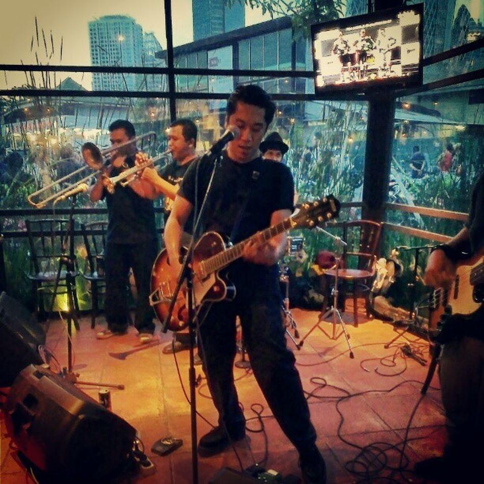 Rockabilly Music hitting the scene. Sekepalaspal13 Jakartaitukeren Motoart Rockabilly punkrock music