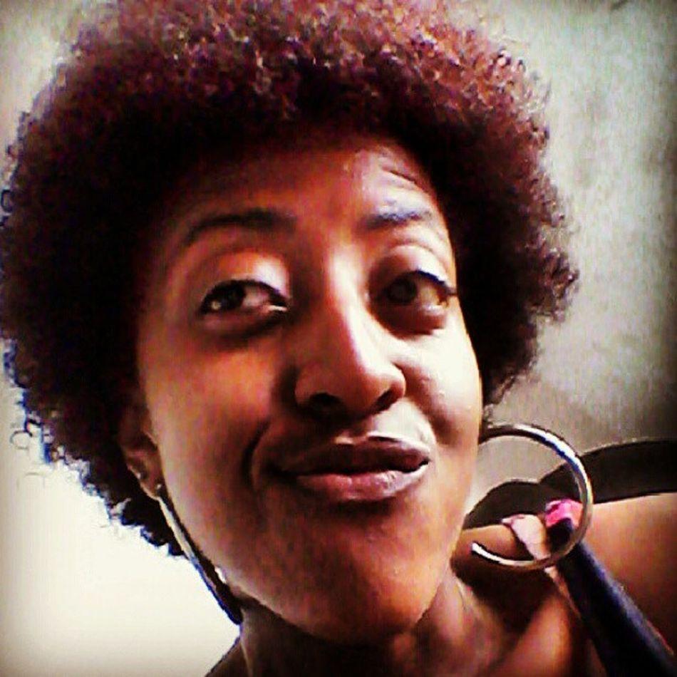 Good Morning Red Hair curly pintei de vermelho *_______* além de vermelholindo ele tá grande!!!!