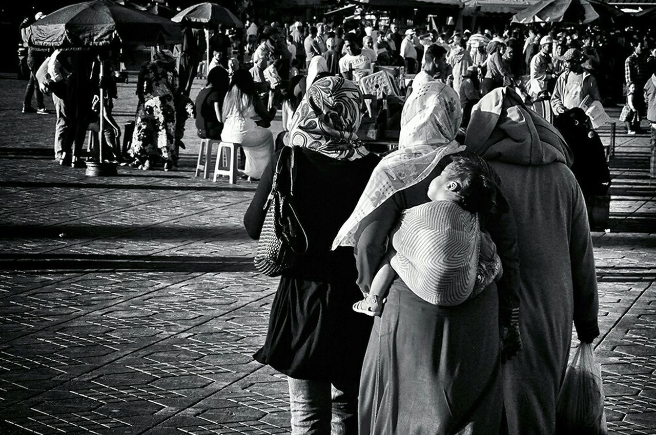 Women Around The World Real People Women Blackandwhite Blackandwhite Photography Streetphotography Women Who Inspire You Women Of EyeEm Motherhood Motherhood Moments Ordinary Day Daily Life - Marrakech Morocco Africa
