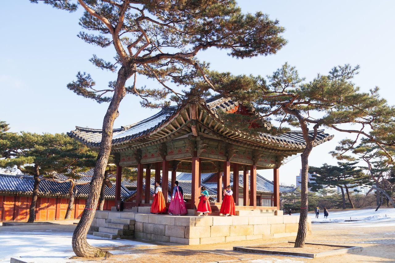 Korean Traditional Architecture Korea Traditional Dress Luna New Year Chinese New Year Architecture Building Exterior City EyeEm Korea Seoul, Korea Seoul_bigcity