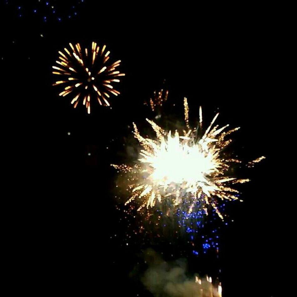 BOOM! Htc8x Fireworks Happynewyear2014