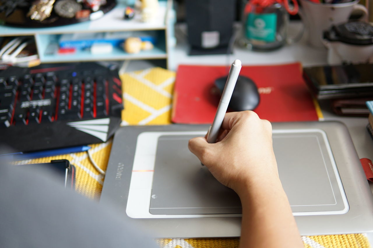 Close-up Draw Drawing Tablet Holding Holding Pen Human Body Part Human Hand Indoors  Pen Technology Wacom Wacom Tablet
