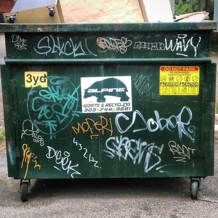 Dumpsters Denvergraffiti Denverdumpsters Dumpsterswithtags Dumpsterporn Trashyart Trashy Denvertags Alleyexploration Alleyshavethebestshit Grafftags Denvergrafftags Denveralleys