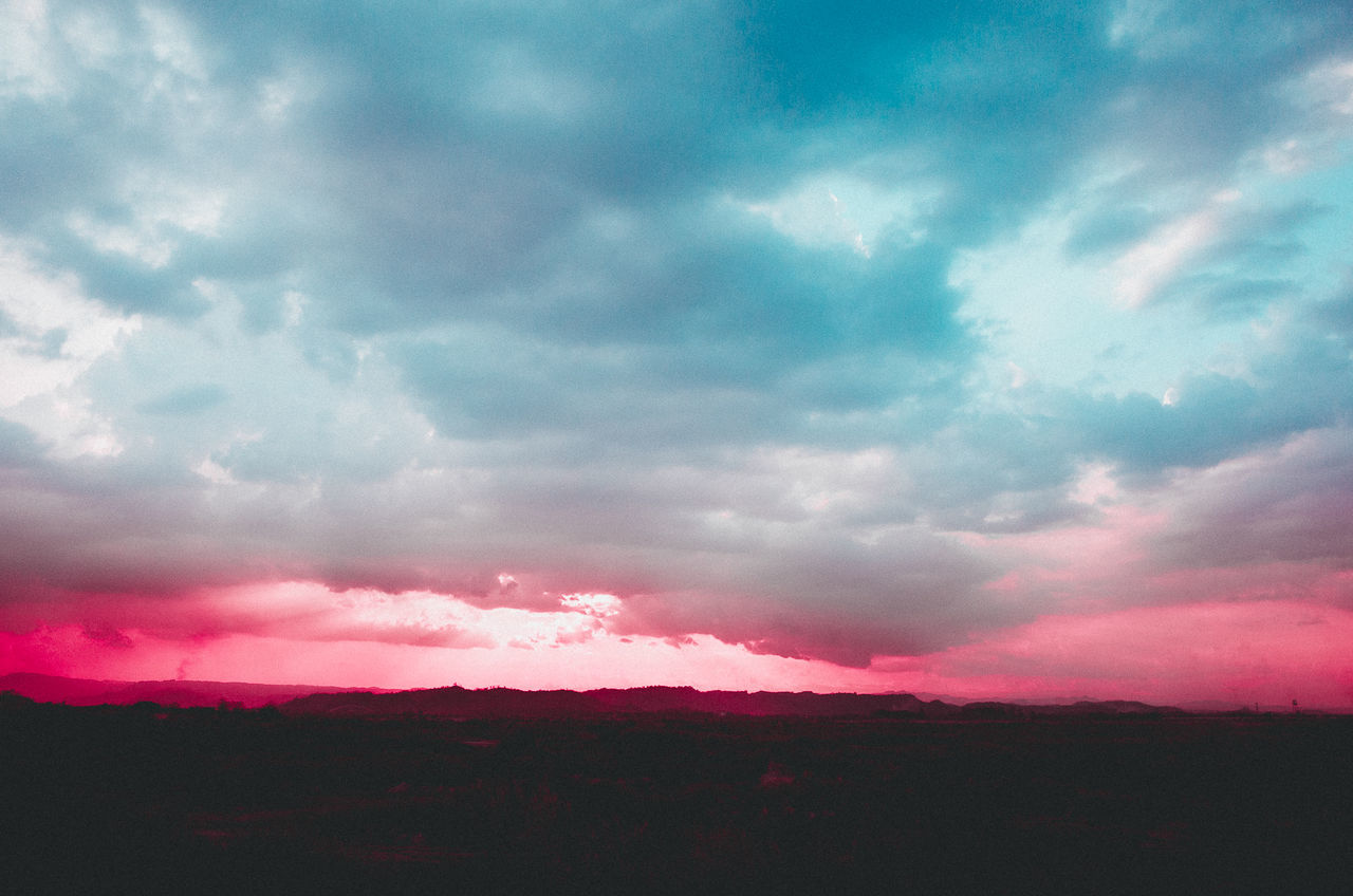 Eyeem Philippines EyeEm Best Edits EyeEm Nature Lover EyeEmBestPics Dramatic Sky Pink Color Beauty In Nature Nature Sky Scenics Cloud - Sky Power In Nature Sunset Multi Colored EyeEm Best Shots Sunlight EyeEm Best Pics