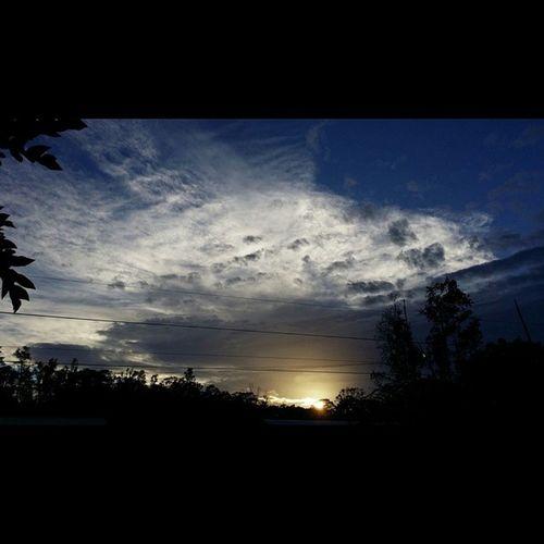 Sunset Home Luckywelivehawaii Hi_life 808love Clouds Sunshine Beautifulxhi Bigislandlove Nofilter NaturalBeauty No_edits My View Appreciatethelittlethings Jahlove