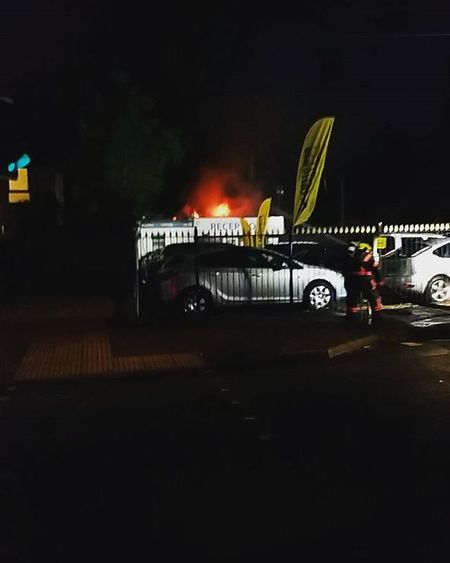 Fire at freemantle Fire Carplace Freemantle Firebrigade Blaze