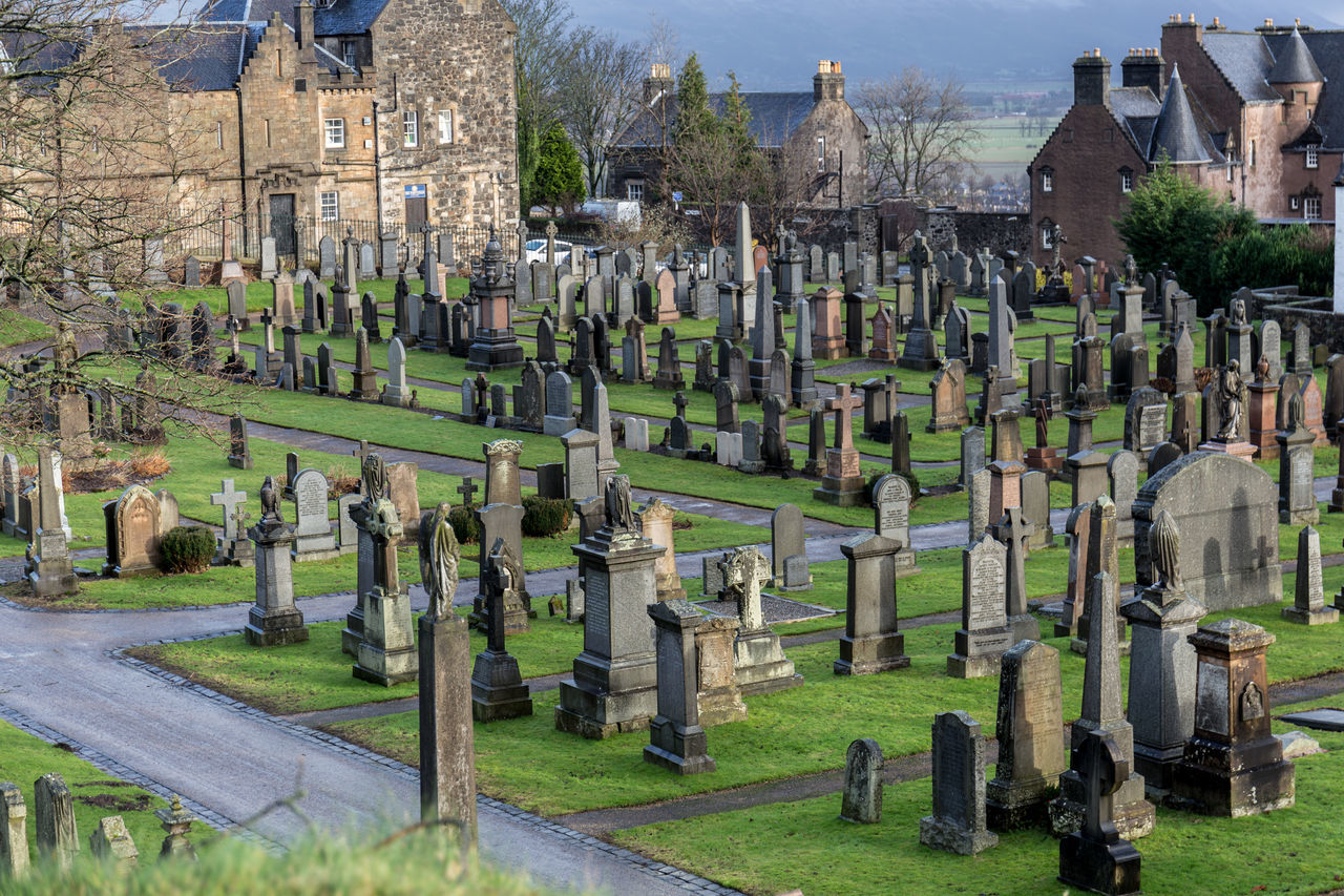 Cemetery Grave No People Outdoors Scotland Sky Sterling Tomb Travel Destinations