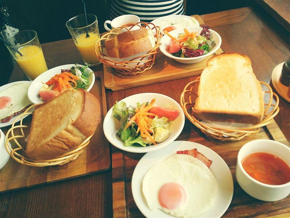 雨だけど海辺でモーニング Morning Itoshima Yummy♡ Toast 厚切り Delicious Happy Friends 幼馴染み