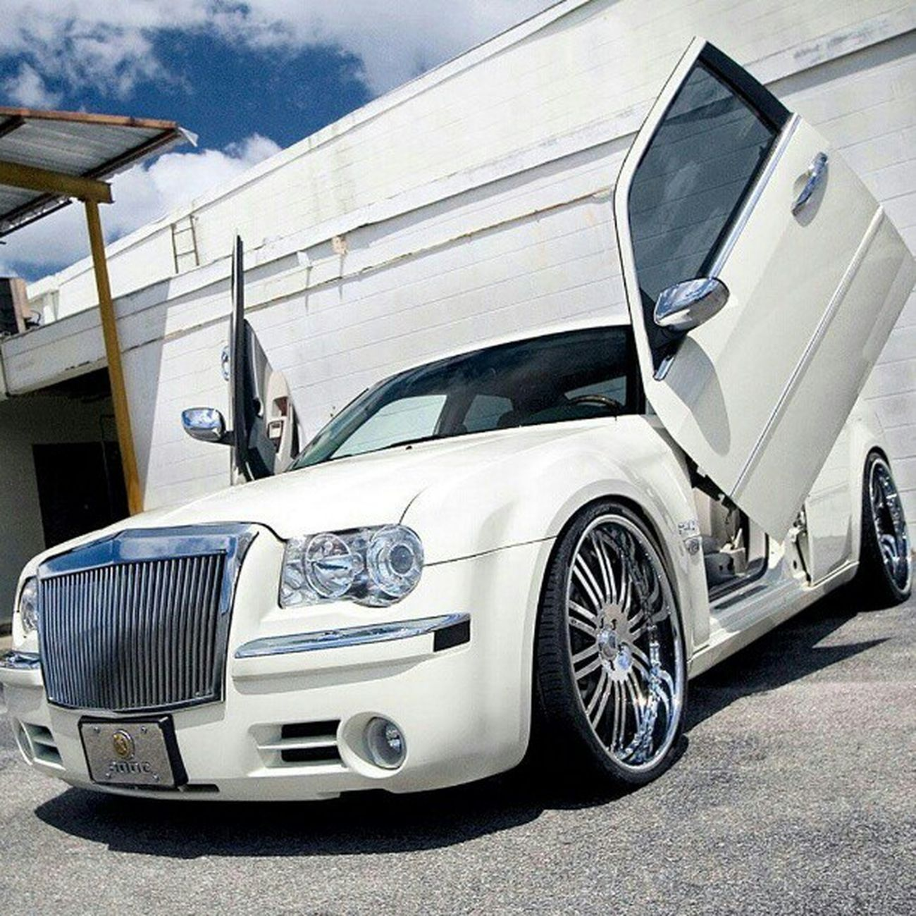 Chrysler Chrysler300 Car Cars white