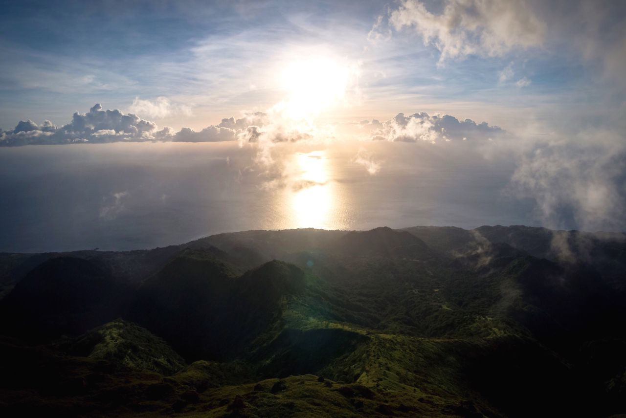 Sky Scenics Beauty In Nature Nature Sun Mountain Sunlight Tranquil Scene Tranquility Cloud - Sky Sunbeam Landscape No People Water Sea Outdoors Day Sunset