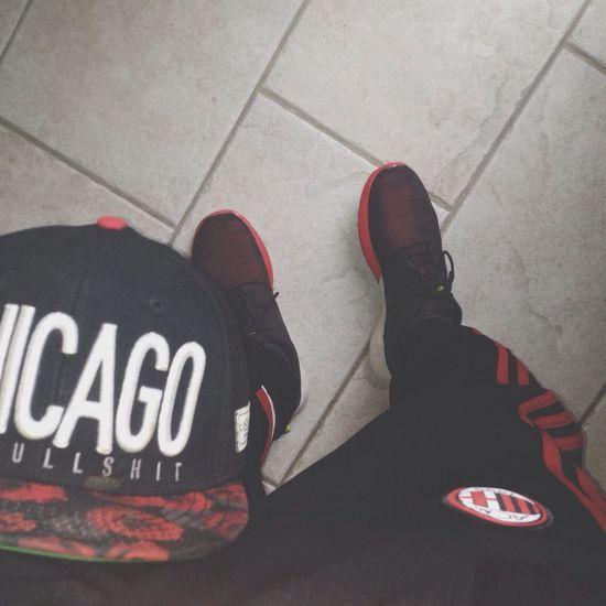 Black and Red Roses Snapback Roshe Runs AC Milaan Trainingsuit ♦️◾️