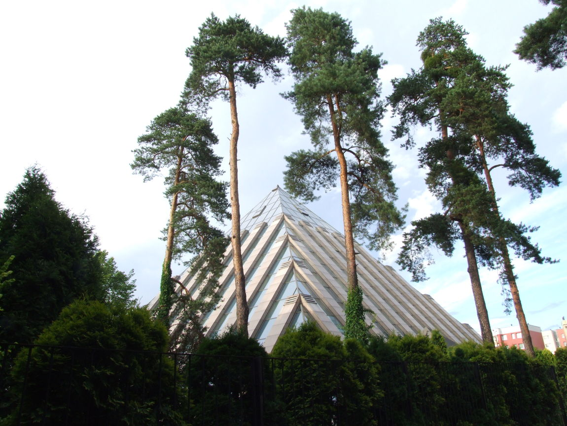 Building Hotel Pyramid Silesia Trees And Sky Tychy