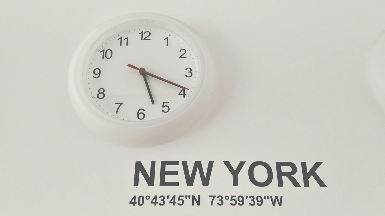 NY Time Time Clock Clock Face Minute Hand No People Hour Hand Close-up The Week On EyeEm Circle Hours White Background Your Ticket To Europe Number Clock On A Wall Clock On A White Wall New York Time