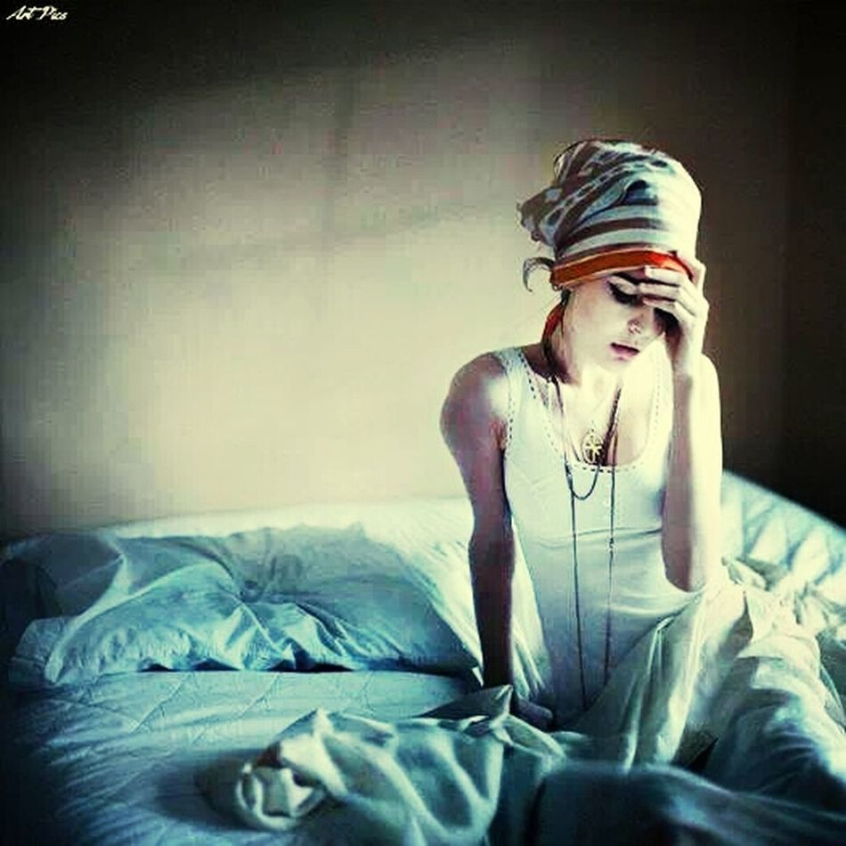 feel sad and depressed because I don't have somebody waiting for me... Love Amazing View Model Peoples