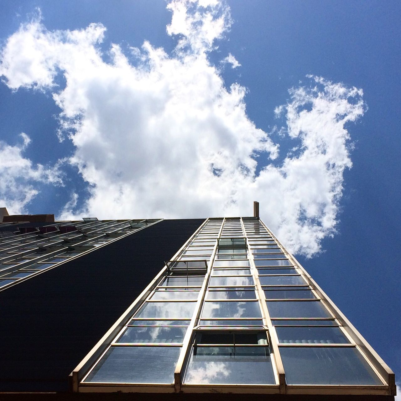 Built Structure Building Exterior Sky Architecture Low Angle View Day Cloud - Sky Outdoors No People Perspective Vertical Symmetry Buildings Construction