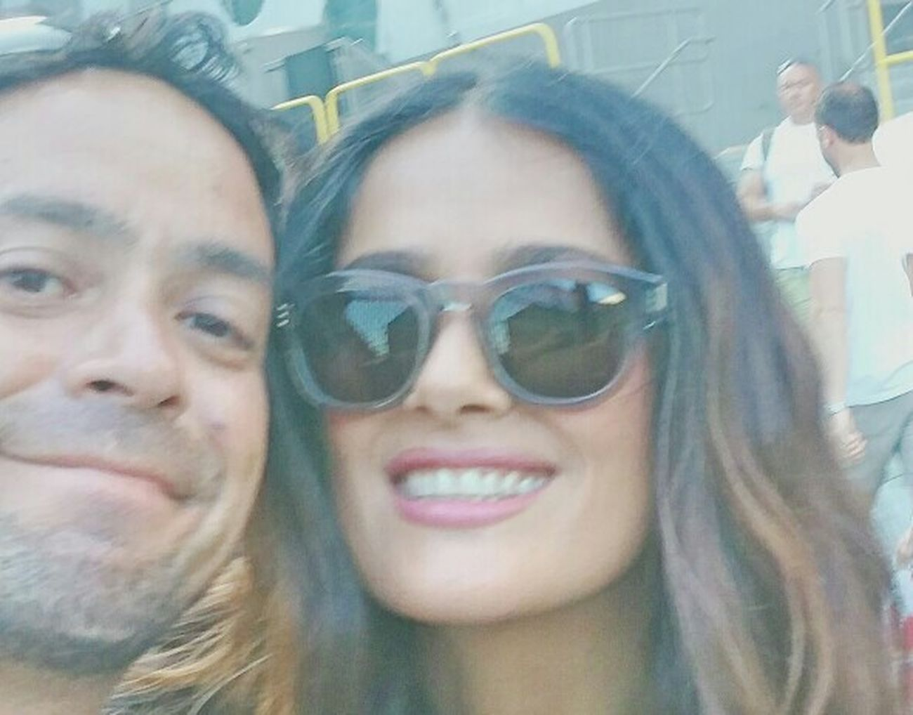ThatsMe Thats Me  Thats Me! Thats Me ♥ and Salma Hayek SalmaHayek Latinagoddess Latina Goddess Hispanic Woman Moviestar SexyMexican Filmstar Gorgeous ♥ Movie Star Selfieporn Selfiepower Hollywood Her Smile ❤ HerSmileTho Her Smile Is The Greatest Her Smile  I Love Her ! A Woman Wow!! WOW
